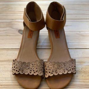 Miz Mooz Primrose sandals sz 8.5